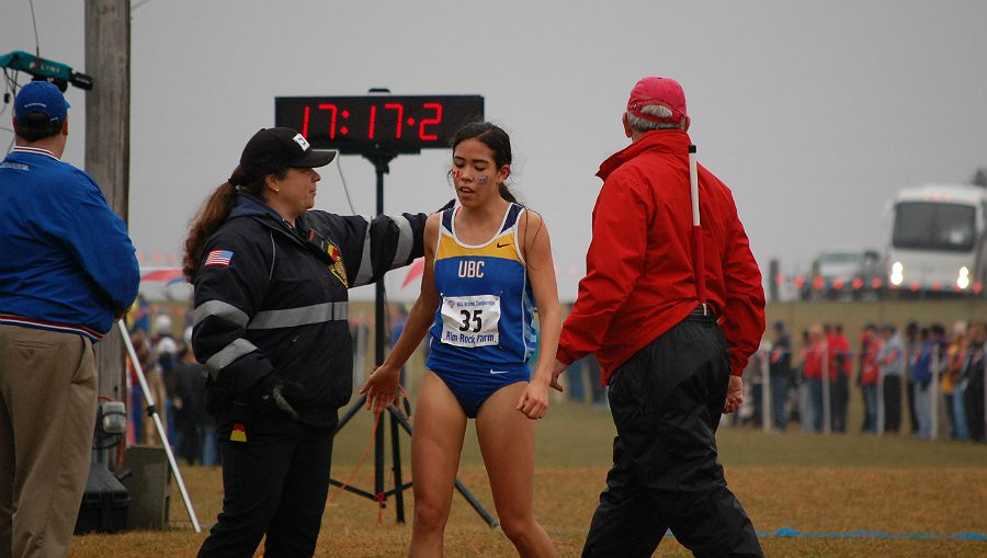 Maria Bernard leads British Colombia to NAIA Cross Country women's title.