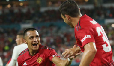 Sanchez, Herrera Score, Manchester United Beats Real Madrid 2-1